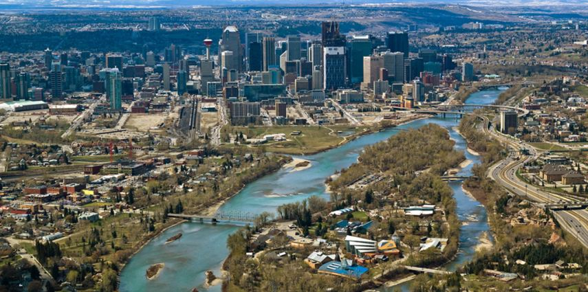 The Calgary Zoo is situated in the heart of Calgary, Alberta, just an hour's drive from the Canadian Rockies.